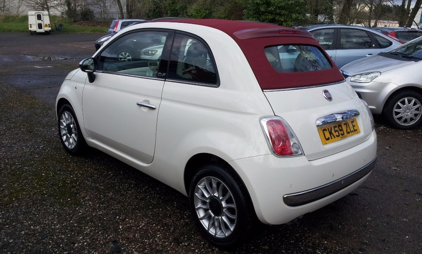 View FIAT 500 LOUNGE CONVERTIBLE