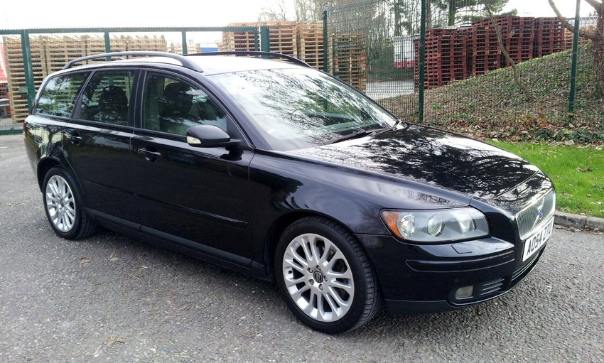 View VOLVO V50 SE D ESTATE FSH PART EXCHANGE TO CLEAR