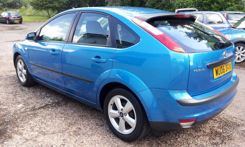 View FORD FOCUS ZETEC